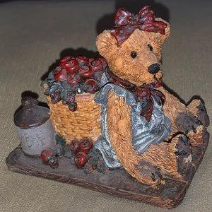 3/$25 Boyds Bears & Friends #2006 Life's Harvest
